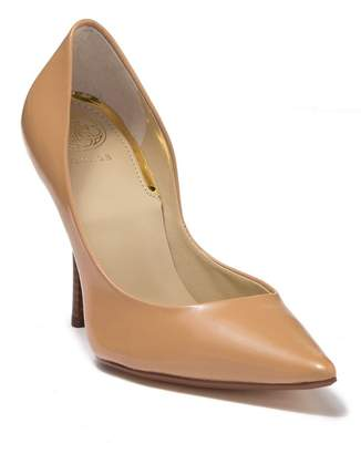 GUESS Carrie Leather Pump