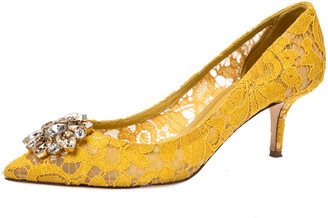Dolce & Gabbana Yellow Lace Bellucci Crystal Embellished Pointed Toe Pumps Size 40