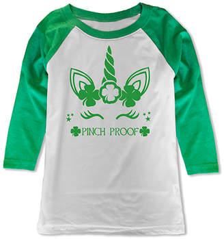 Micro Me Girls' Tee Shirts Wht/Green - White & Green Shamrock Unicorn 'Pinch Proof' Raglan Tee - Toddler & Girls