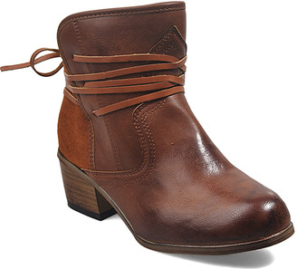Winter Bear Women's Casual boots REDBROWN - Red Brown Wide-Width Strappy Ankle Boot - Women