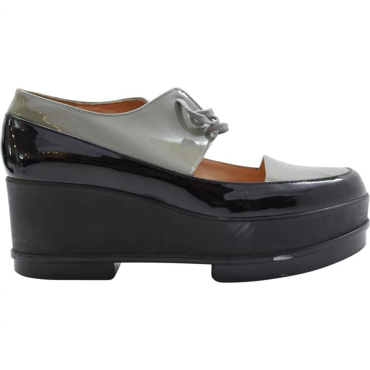 Robert Clergerie Patent leather flats.