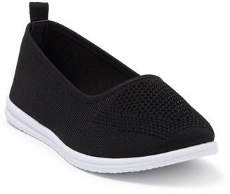 Danskin Clarity Slip-On Sneaker