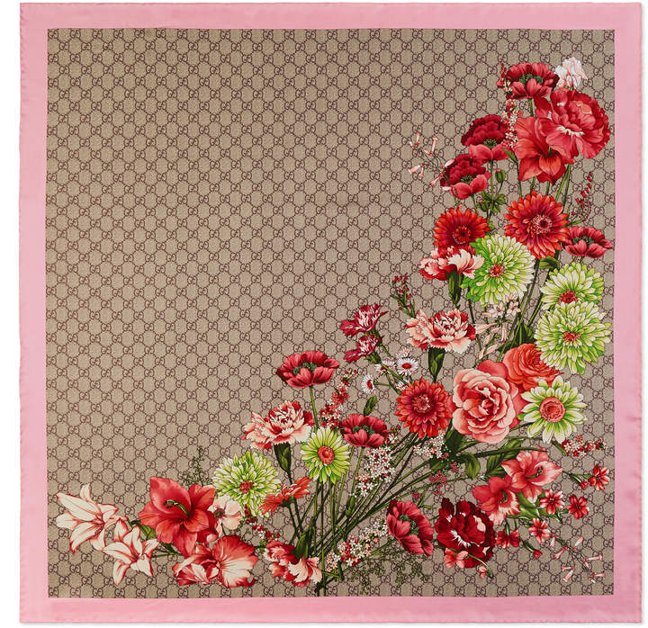 Gucci GG bouquets print silk scarf