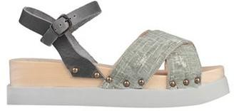 ANTIDOTI Sandals