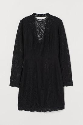 H&M Scallop-edged Lace Dress
