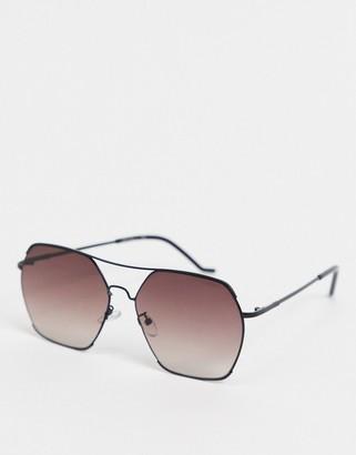 Jeepers Peepers black sunglasses