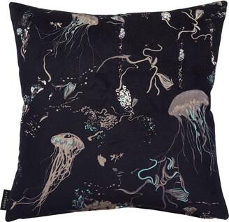 17 PATTERNS Pillows
