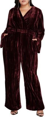 Good American Crinkle Velvet Pants