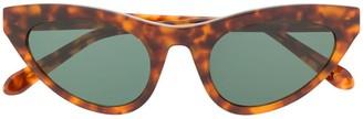 Han Kjobenhavn Race sunglasses