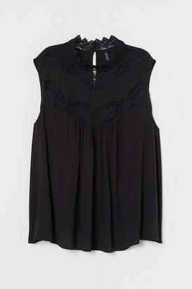 H&M H&M+ Lace-detail blouse