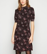 New Look Ditsy Floral Puff Sleeve Dress