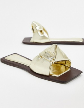 Jeffrey Campbell Jeff-Aeron knotted flat sandal in gold