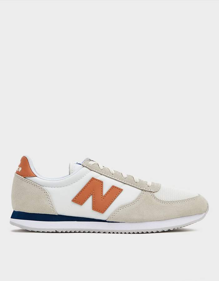 New Balance 220 Low Top Sneaker in Taupe