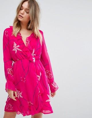 Vero Moda printed ruffle tea mini dress in pink