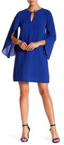 Jessica Simpson Keyhole Flutter Sleeve Dress