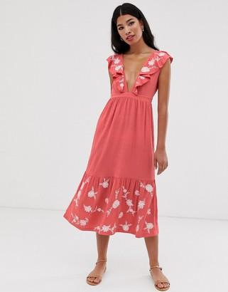 Asos Design DESIGN midi embroidered sleeveless smock-Pink