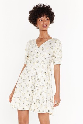 Nasty Gal Womens My Flower in Need Floral Wrap Dress - yellow - 6