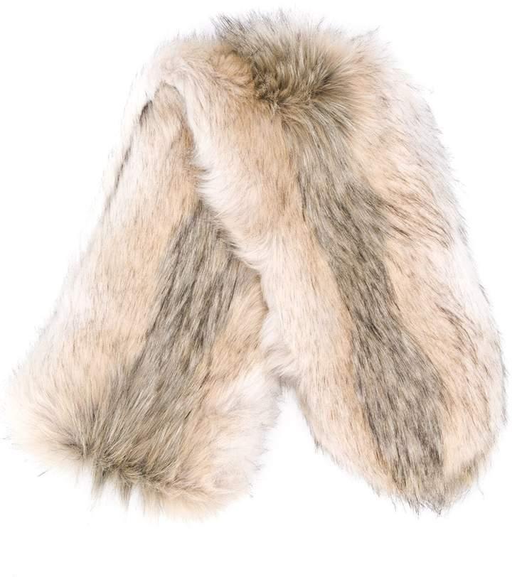 Urbancode textured furry scarf