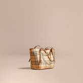 Burberry The Small Canter in Horseferry Check