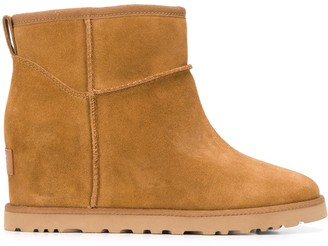 UGG Femme Mini wedge boots