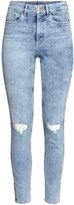 H&M Slim High Ankle Trashed Jeans - Light denim blue - Ladies