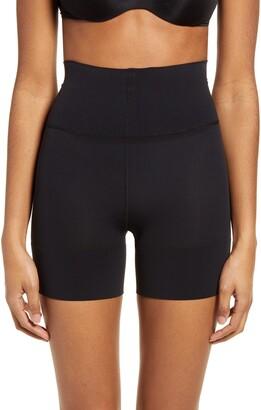 ITEM m6 Shape Shorts