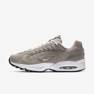 Nike Men's Shoe Triax LE