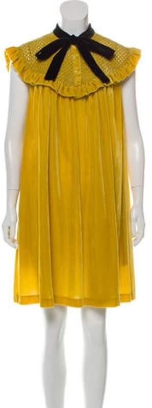 Philosophy di Lorenzo Serafini Chartruse Knee-Length Dress w/ Tags Chartruse Knee-Length Dress w/ Tags