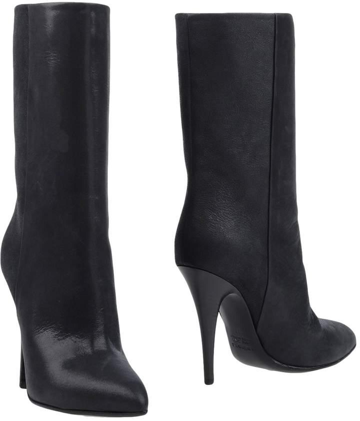 Kalliste Ankle boots - Item 11361593