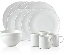 Wedgwood Wedgewood Gio 16-Piece Set Dinnerware Set