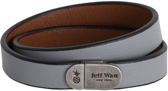 Jeff Wan Leather Bracelet With Magnetic Closure Grey Manhattan