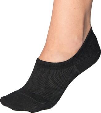 Bambu Women's Premium Bamboo No Show Socks - 4 pairs - Non-Slip Black (4 Pairs) Medium UK 5.5-8