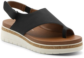Adrienne Vittadini Patsi Thong Toe Sandal