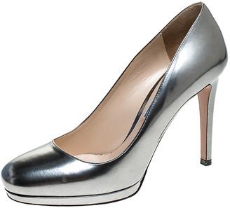 Prada Metallic Silver Leather Round Toe Platform Pumps Size 37