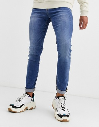 New Look skinny jeans in bright blue wash