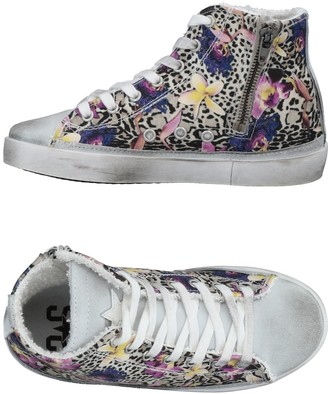 2STAR High-tops & sneakers