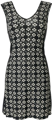Chanel Pre Owned Sleeveless Floral Print Dress