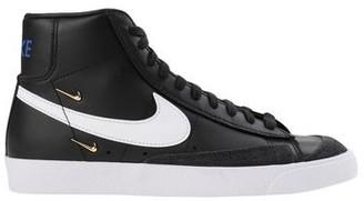 Nike BLAZER MID '77 SE High-tops & sneakers