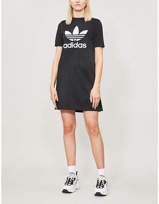 adidas Logo-print round-neck stretch-jersey T-shirt dress