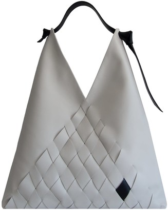 Atribut Solace Large Leather Tote - Off white & Black