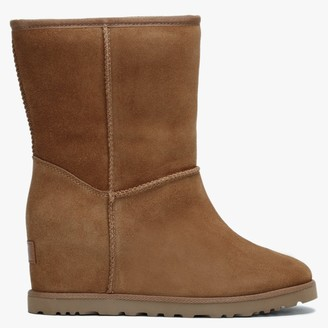 UGG Classic Femme Short Chestnut Suede Ankle Boots