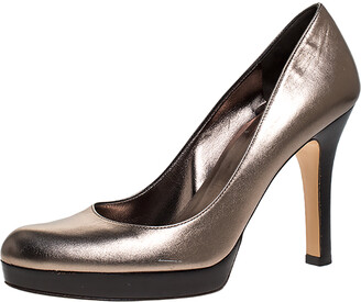 Gucci Metallic Leather Lisbeth Platform Pumps Size 39