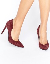 KENDALL + KYLIE Burgundy Suede Court Shoe