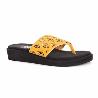 Muk Luks Women's Melanie Wedge Sandal Yellow