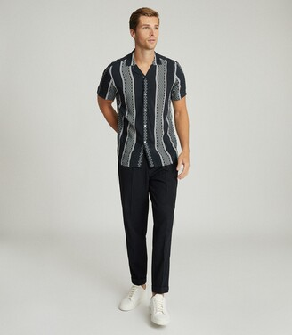Reiss Yanis - Diamond Printed Cuban Collar Shirt in Navy