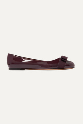 Salvatore Ferragamo Varina Bow-embellished Patent-leather Ballet Flats - Burgundy