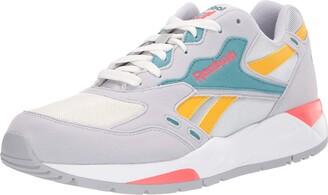 Reebok Women's Bolton Essential Sneaker
