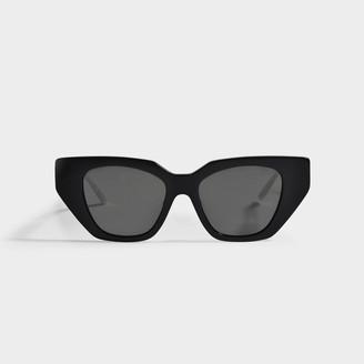 Gucci Black Cat Eye Sunglasses In Acetate