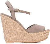 Stuart Weitzman braided wedge sandals - women - Leather/Suede/rubber - 37