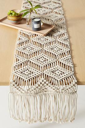 Anthropologie Deedra Macrame Table Runner By in White Size RUNNER